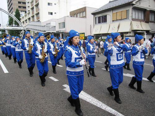 парад, Япония, Фалуньгун, Фалунь Дафа, оркестр